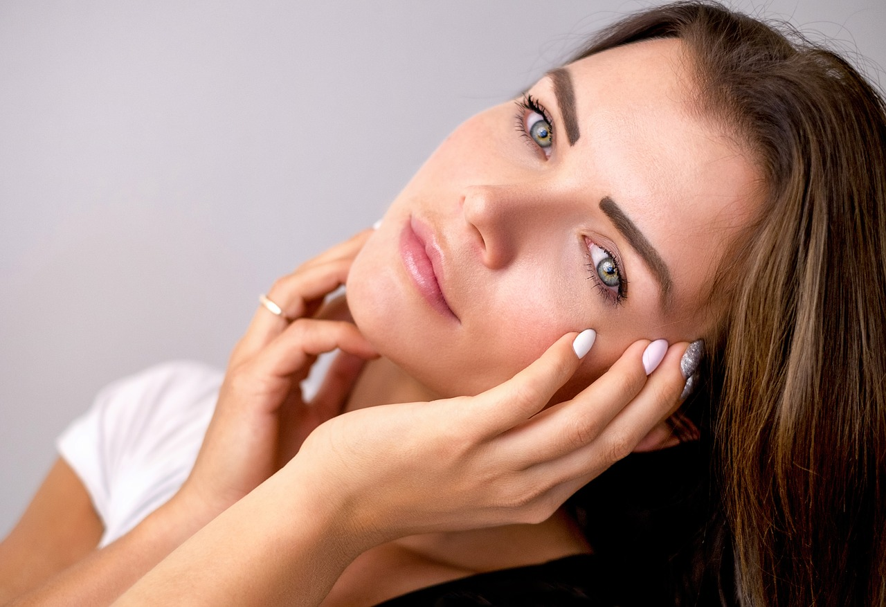 Trucs et astuces pour un maquillage attrayant